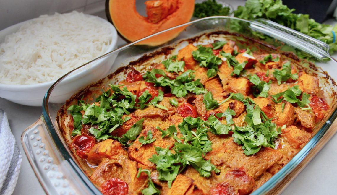Wegetariańskie Curry z dynią, ciecierzycą i pomidorami