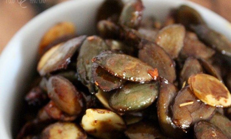 Photo of Prażone pestki dyni z chili i miodem
