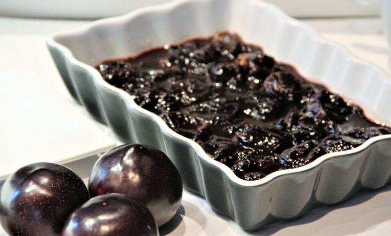 Photo of Raw tarta z suszonych śliwek – fit ciasto bez pieczenia