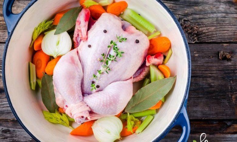 Photo of Rosół z całego kurczaka – jak w jednym garnku zrobić pożywny obiad dla całej rodziny